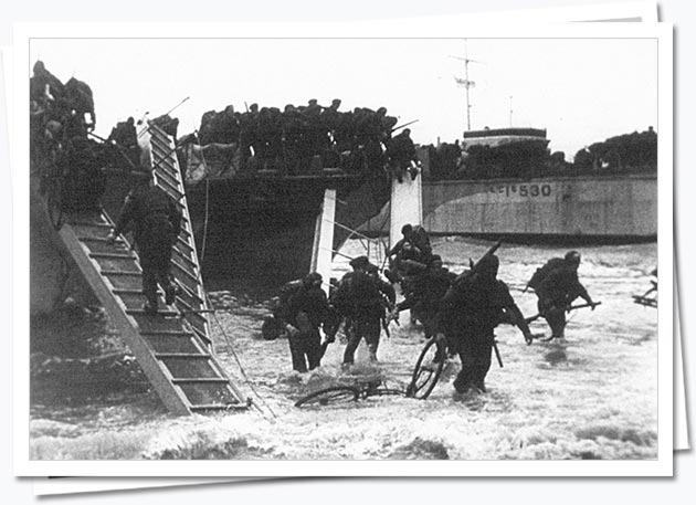British commandos land in Normandy; DEF 2/502
