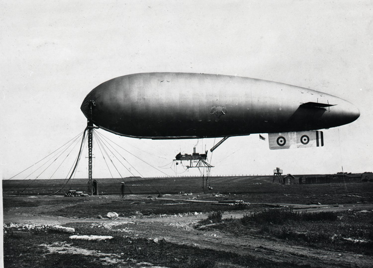 'S.S.' type airship and components 1918 (AIR 11/241)