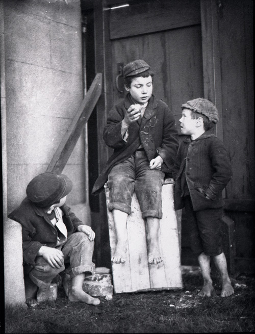 Schoolboys with apple 1898 (COPY 1/436)