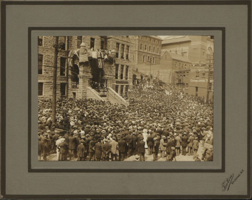 Mass meeting: St John's, Newfoundland, 4 August 1916. Catalogue reference: CO 1069/294